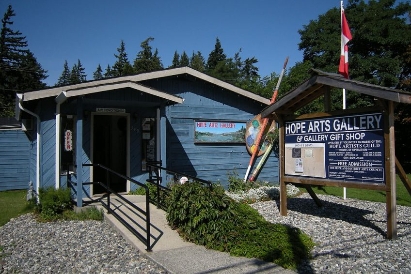 Hope Arts Gallery | Credit: Joe Mabel CC-BY-SA-3.0 Wikimedia