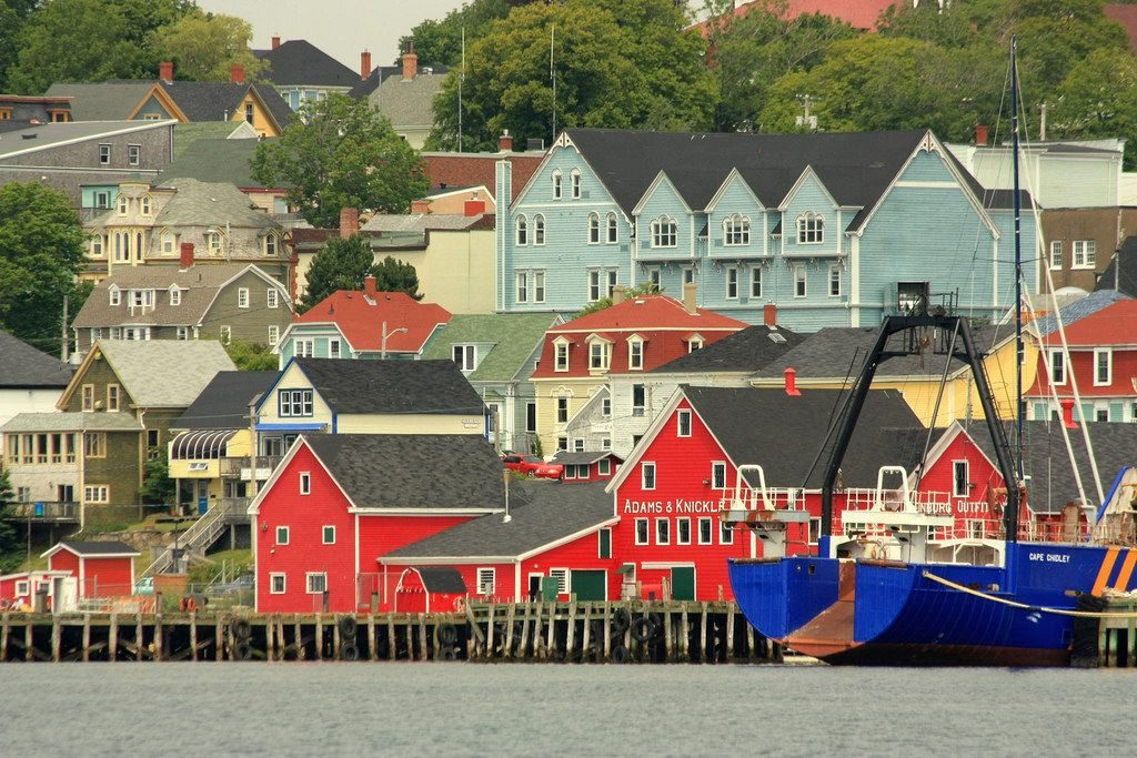 Six Charming Small Towns in Nova Scotia to See in 2017