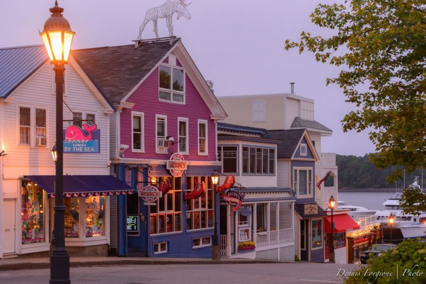 Bar Harbor shops and restaurants | Credit: Dennis Forgione CC BY 2.0 Flickr