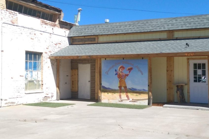Mural welcoming visitors to Williams Arizona